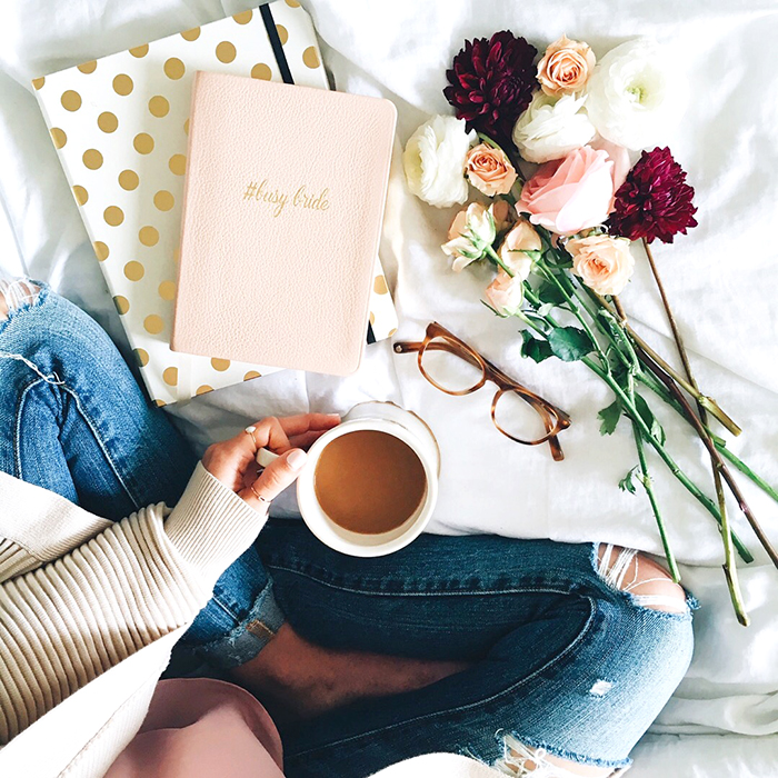 livvyland-blog-olivia-watson-austin-texas-fashion-blogger-cozy-coffee-in-bed-planner-fresh-flowers-bride-agenda-planner-jeans-cardigan