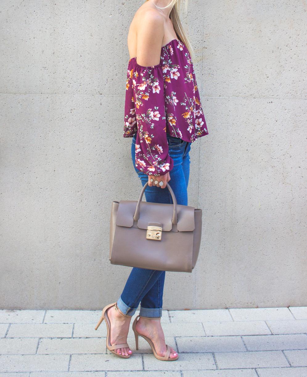 livvyland-blog-olivia-watson-austin-texas-fashion-blogger-off-shoulder-boustier-top-4si3nna-floral-blank-nyc-nordstrom-skinny-jeans-2