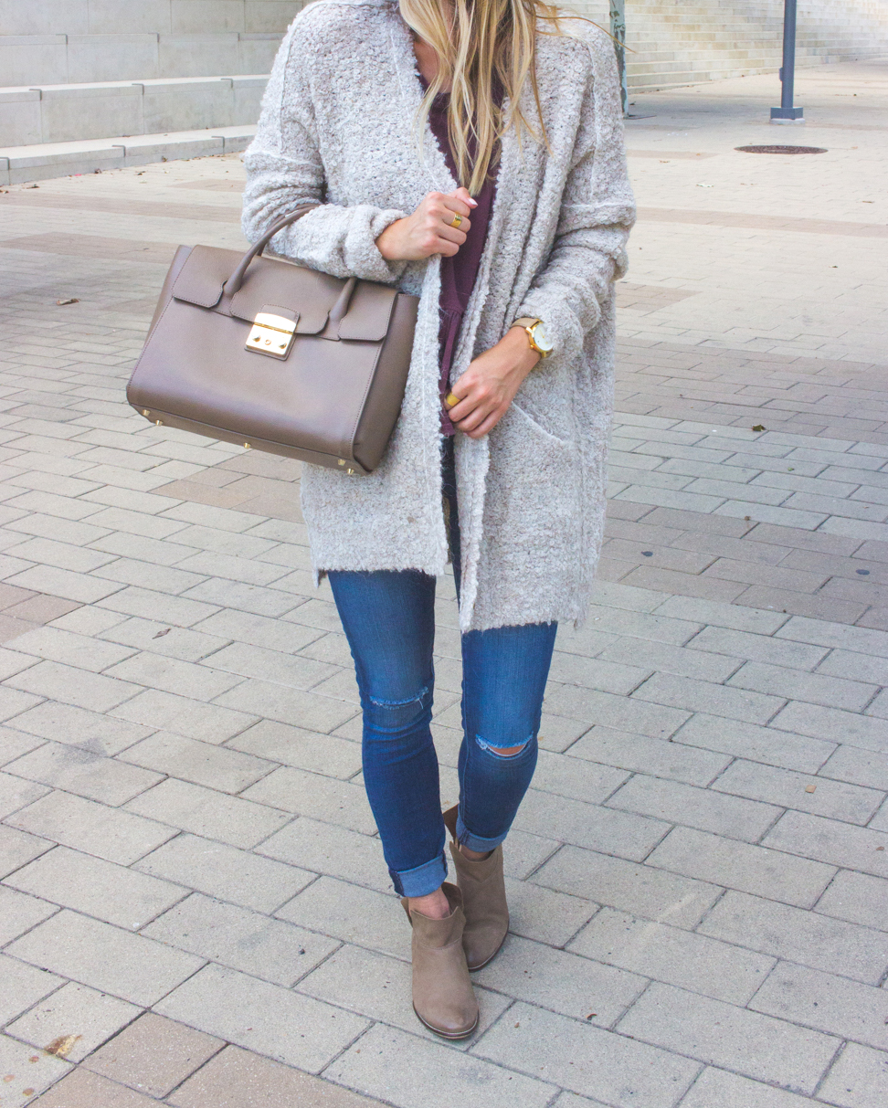 livvyland-blog-olivia-watson-cozy-fall-outfit-grandpa-oversize-cardigan-sweater-seychelles-snare-booties-9