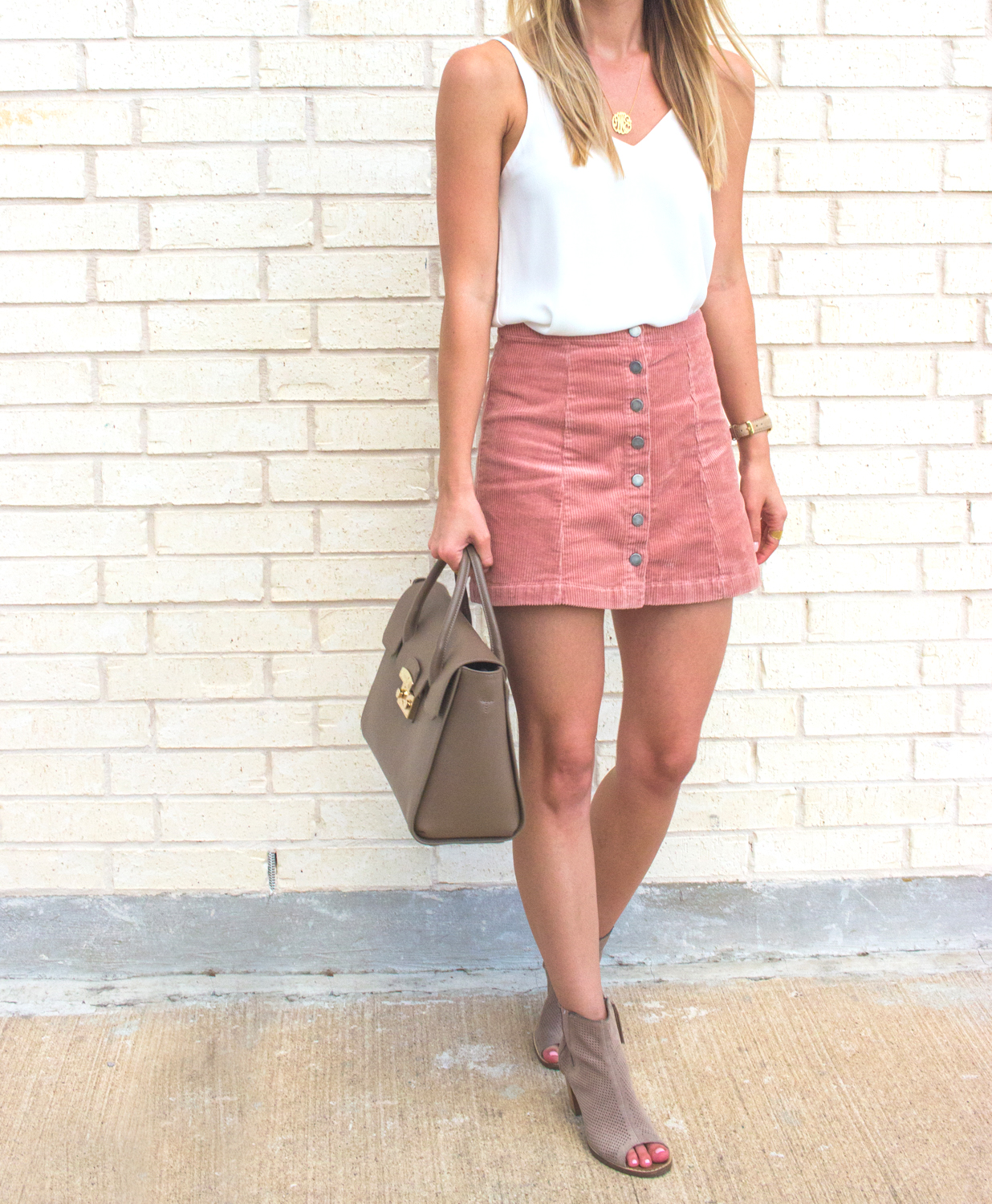 livvyland-blog-olivia-watson-moon-and-lola-monogram-necklace-small-gold-blush-corduroy-skirt-fall-a-line-toms-majorca-booties-4