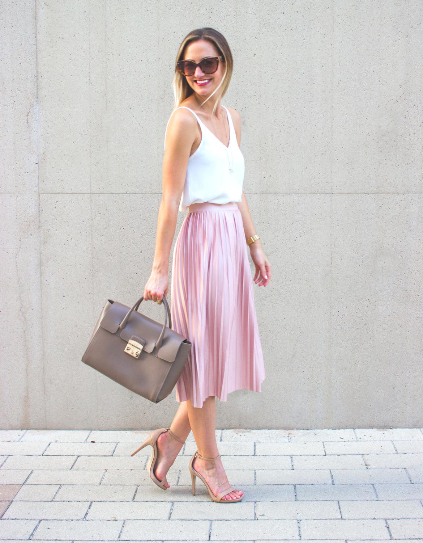 livvyland-blog-olivia-watson-topshop-blush-pink-pleated-high-waist-skirt-white-top-girly-feminine-outfit-2