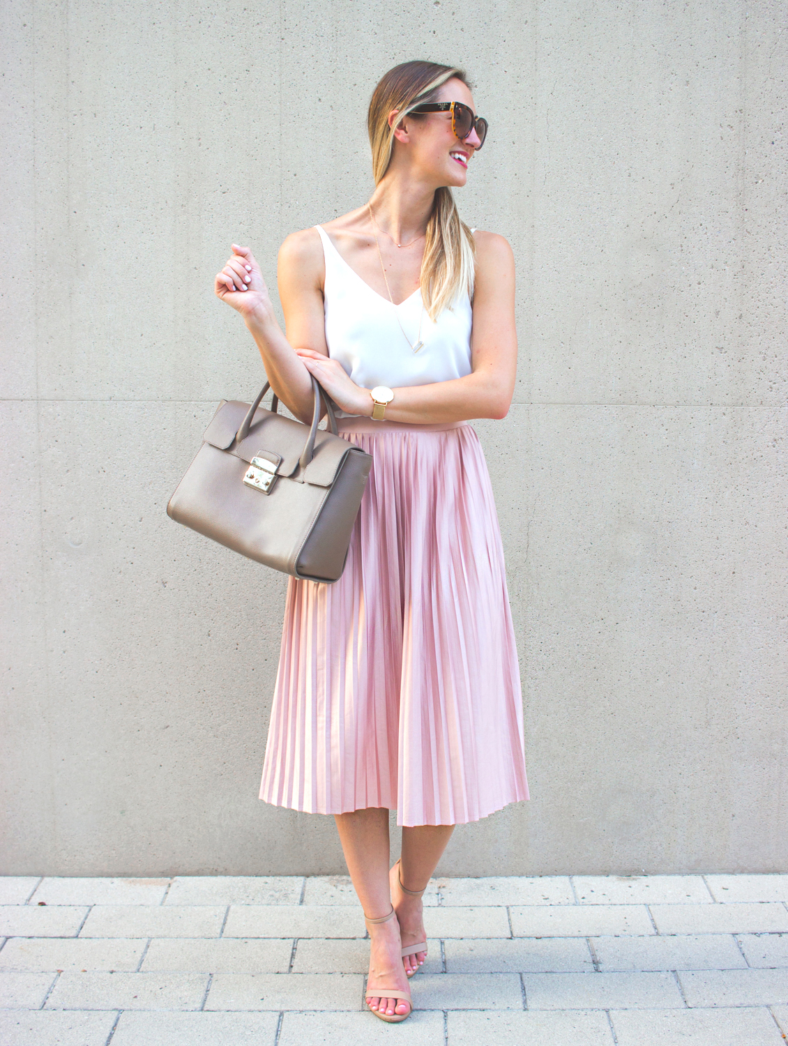 livvyland-blog-olivia-watson-topshop-blush-pink-pleated-high-waist-skirt-white-top-girly-feminine-outfit-5