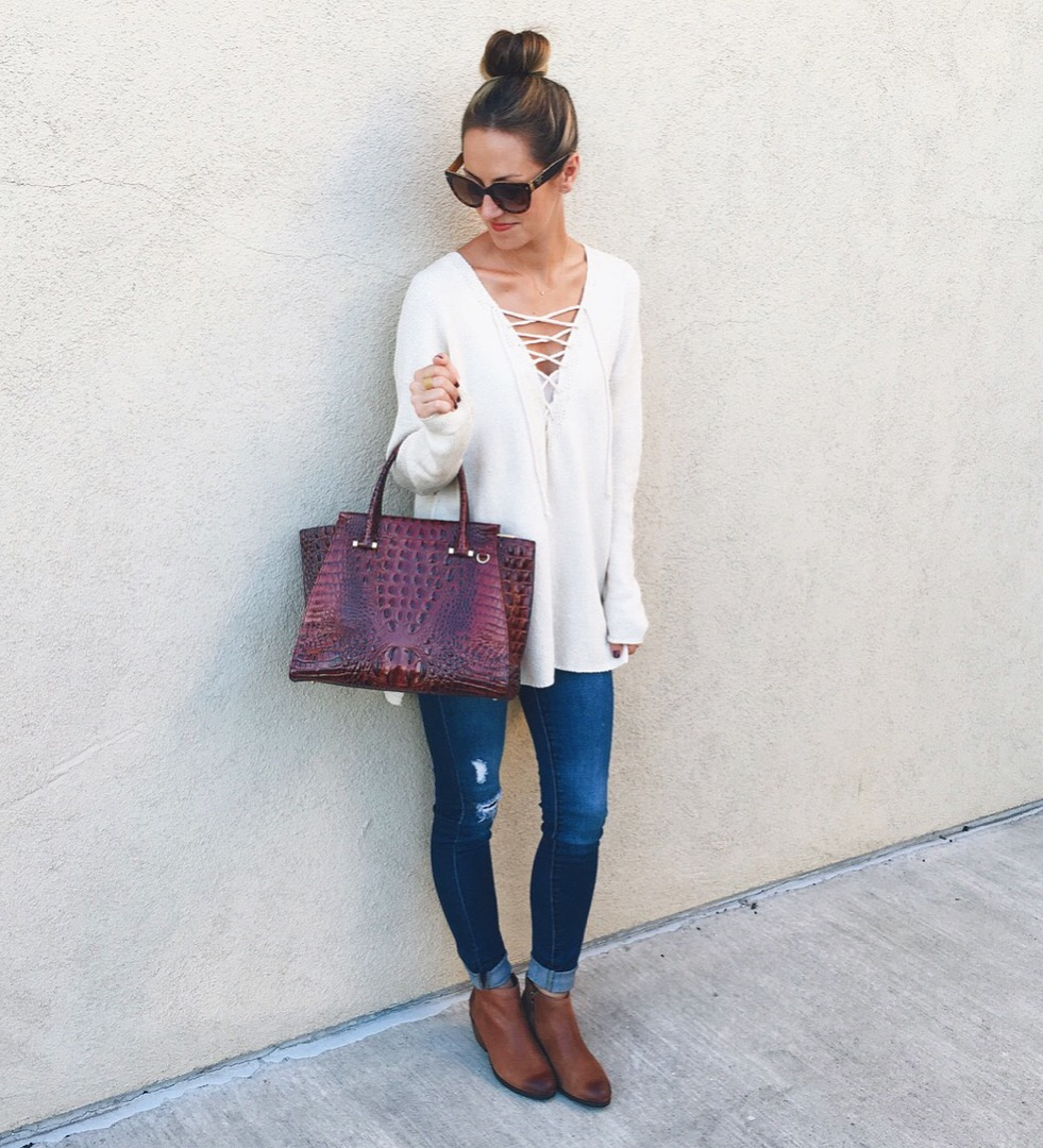livvyland-blog-olivia-watson-how-to-style-ankle-booties-fall