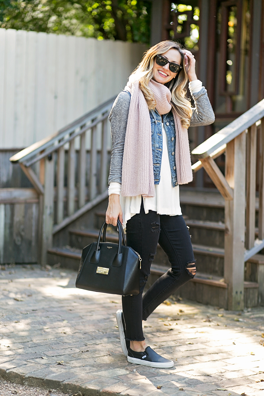 livvyland-blog-olivia-watson-austin-texas-fashion-blogger-toms-coffee-roasters-silver-jeans-tuesday-skinny-jeans-vans-slip-on-black-sneakers-10