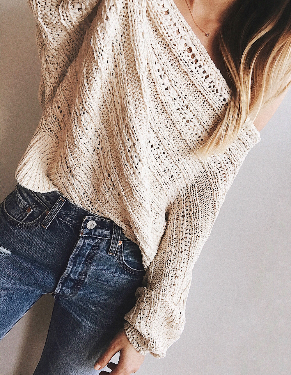 livvyland-blog-olivia-watson-instagram-roundup-livvylandblog-cozy-chic-boho-outfit-idea-slouchy-sweater