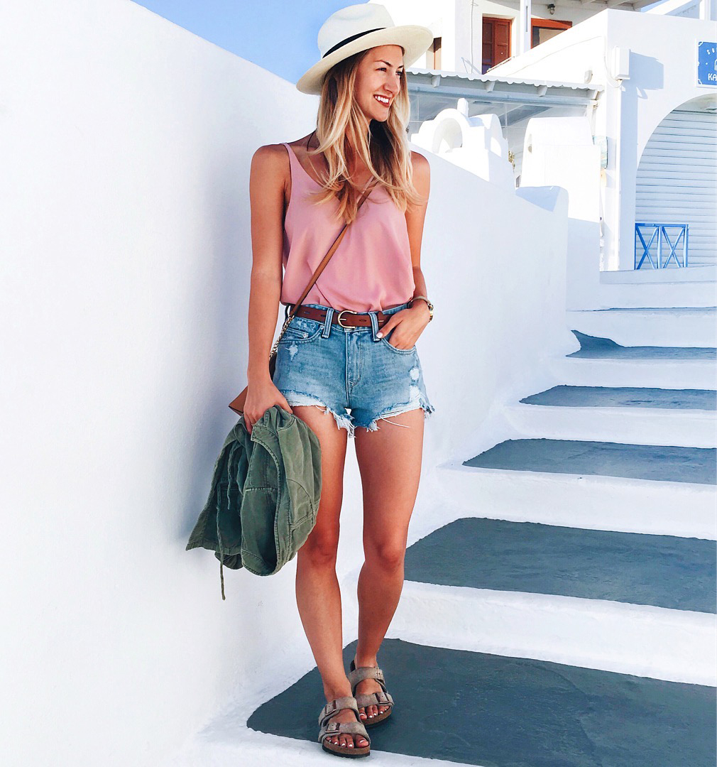 livvyland-blog-olivia-watson-greece-honeymoon-oia-santorini-athens-travel-diary-guide-2