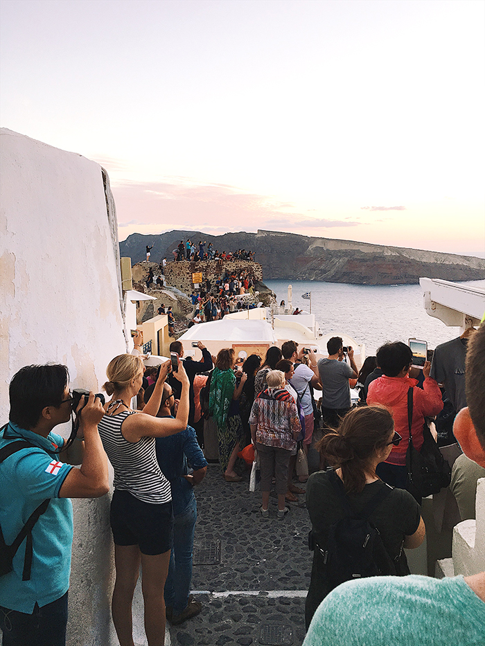 72f7d3d390e2 ... livvyland-blog-olivia-watson-greece-honeymoon-oia-santorini- ...