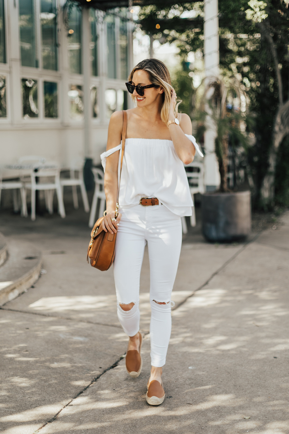 34d6d040b4f White Tie Sleeve Top - LivvyLand | Austin Fashion and Style Blogger
