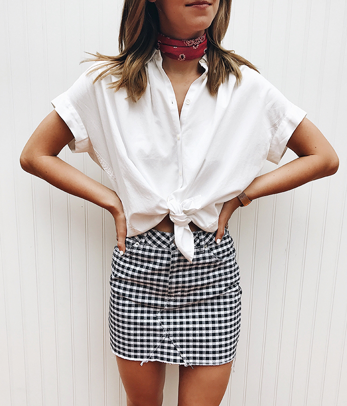 livvyland-blog-olivia-watson-gingham-mini-skirt-bandana-madewell-white-button-up-courier-top