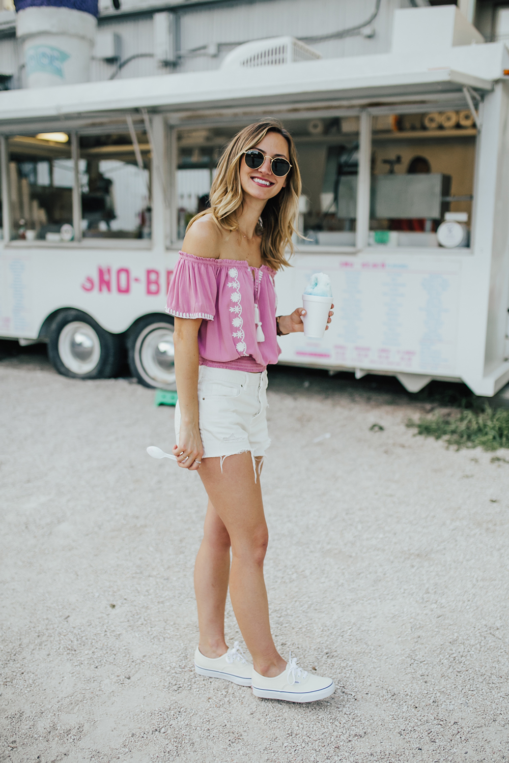 livvyland-blog-olivia-watson-austin-texas-fashion-blogger-pacsun-mom-shorts-off-white-vans-sneakers-sno-beach-snow-cone-6