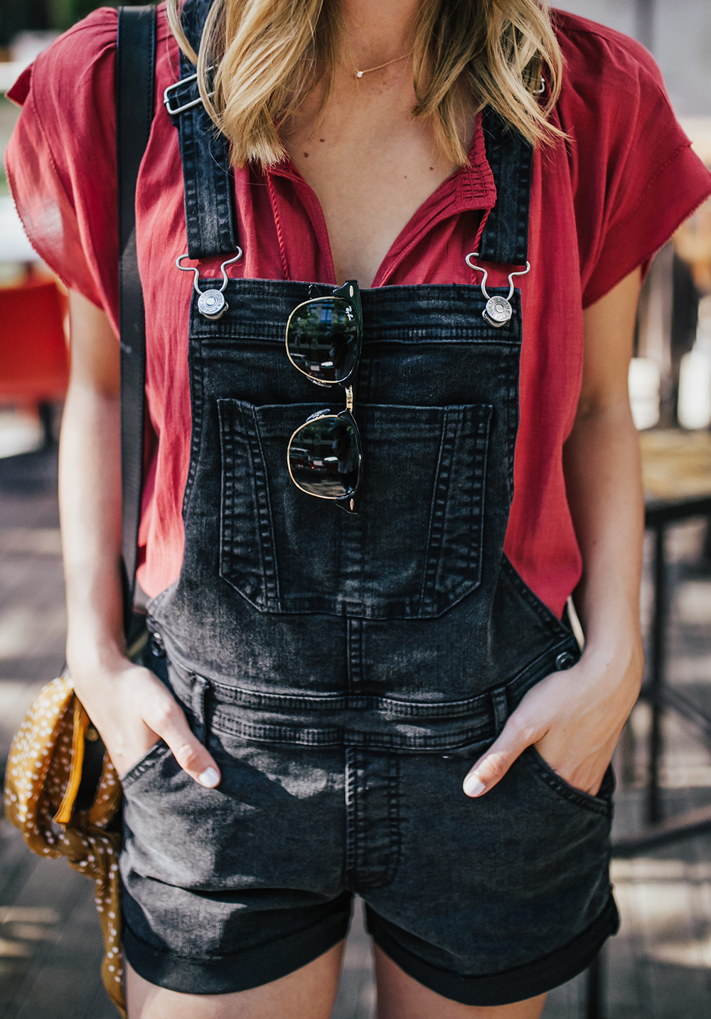 livvyland-blog-olivia-watson-black-short-overalls-abercrombie-everlane-black-pointed-toe-flats-summer-outfit-jos-coffee-second-street-austin-texas-fashion-blogger-2