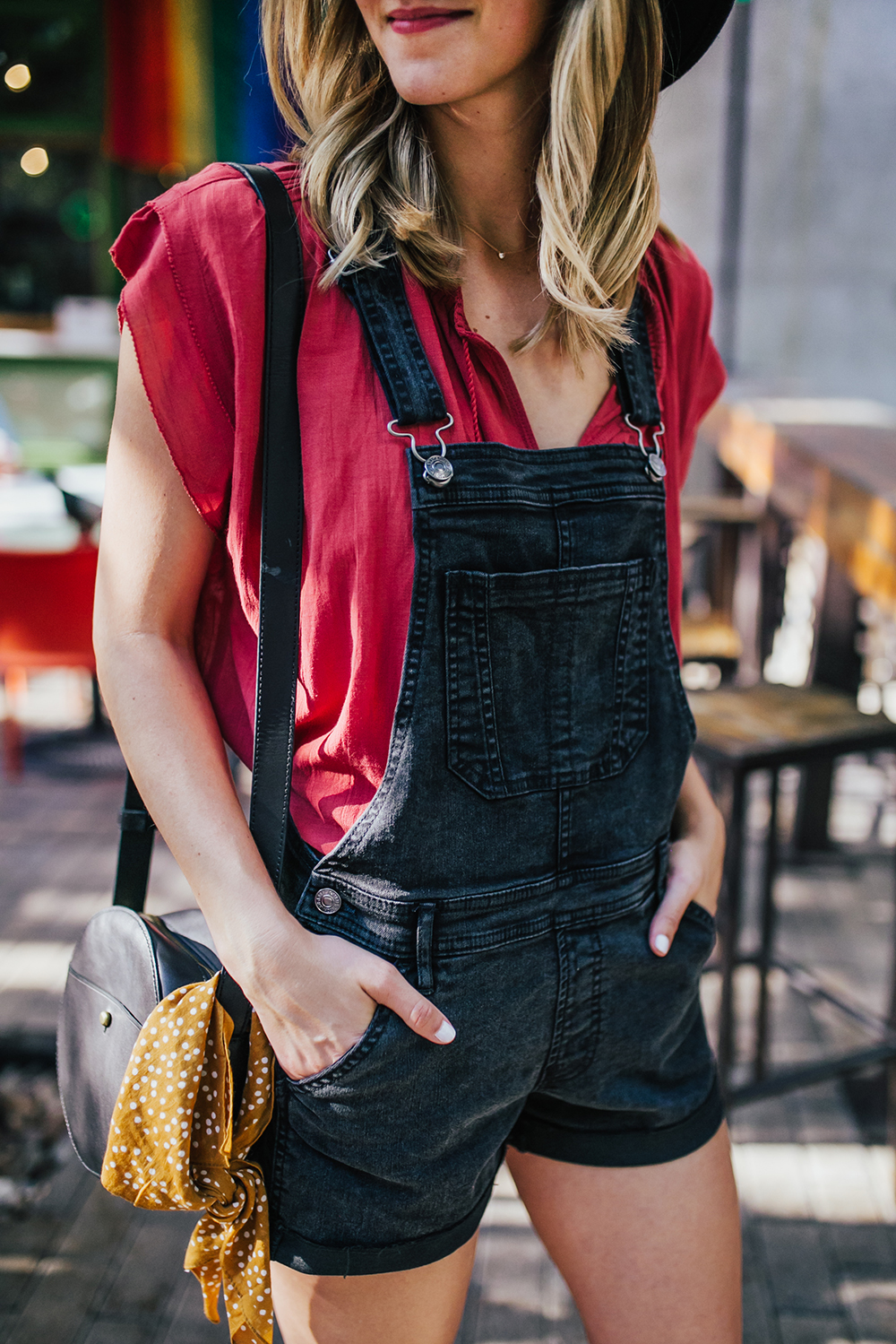 livvyland-blog-olivia-watson-black-short-overalls-abercrombie-everlane-black-pointed-toe-flats-summer-outfit-jos-coffee-second-street-austin-texas-fashion-blogger-4