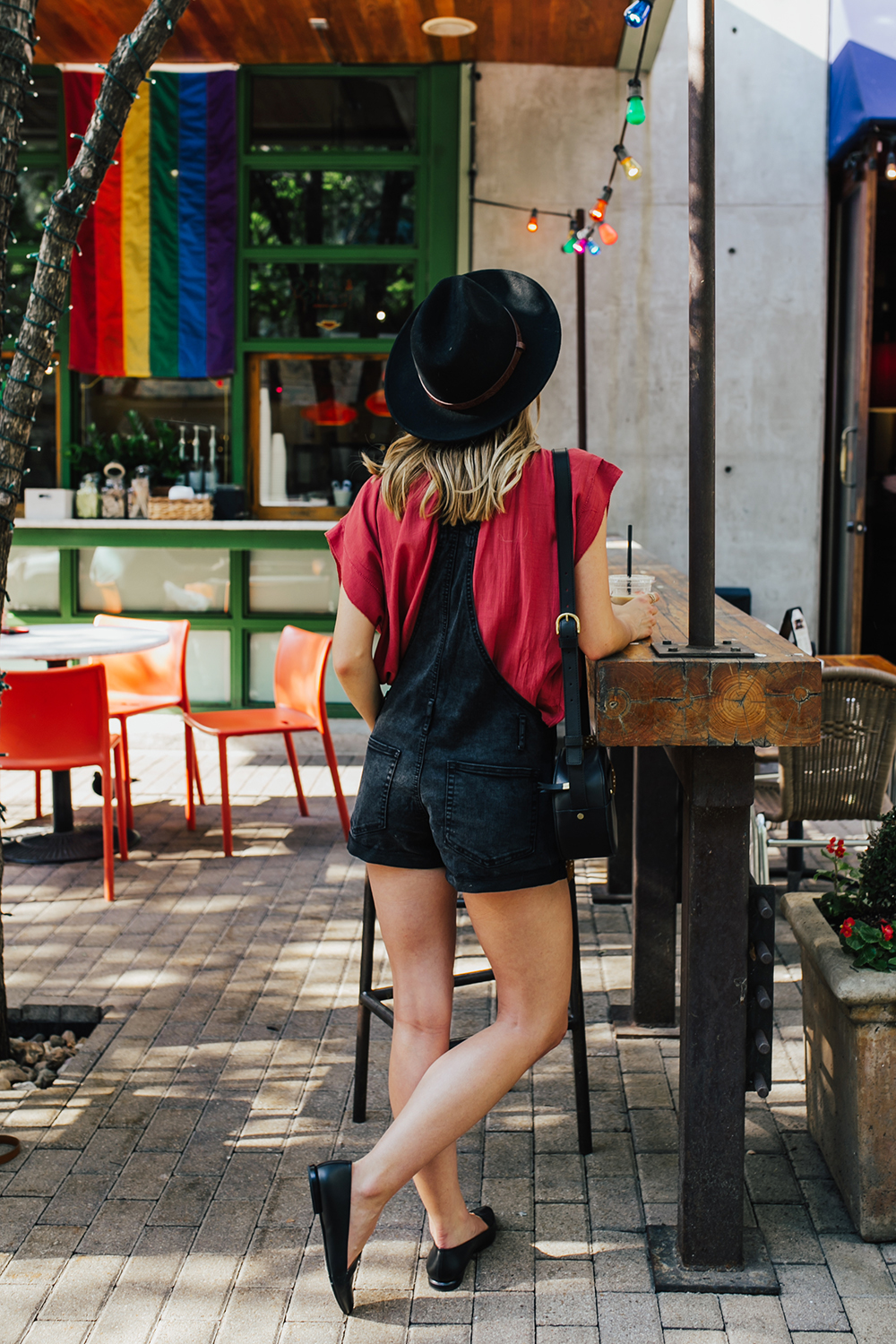 livvyland-blog-olivia-watson-black-short-overalls-abercrombie-everlane-black-pointed-toe-flats-summer-outfit-jos-coffee-second-street-austin-texas-fashion-blogger-5