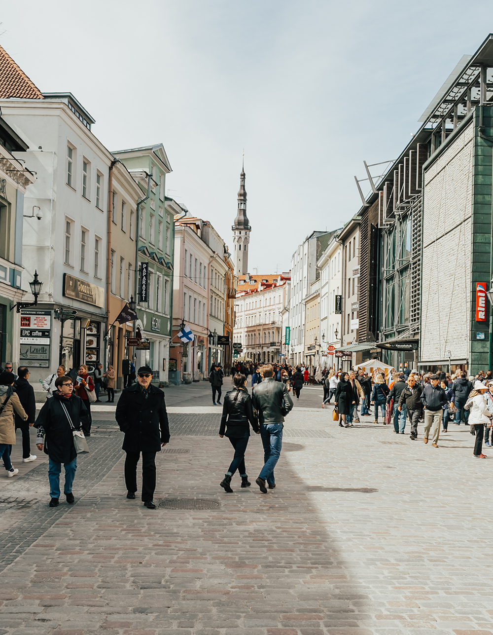 livvyland-blog-olivia-watson-fashion-travel-blogger-princess-cruises-scandinavia-northern-europe-what-to-do-wear-tallinn-estonia-10