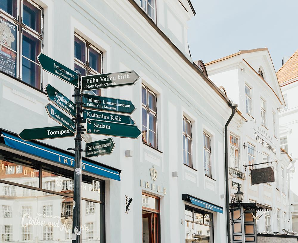 livvyland-blog-olivia-watson-fashion-travel-blogger-princess-cruises-scandinavia-northern-europe-what-to-do-wear-tallinn-estonia-14
