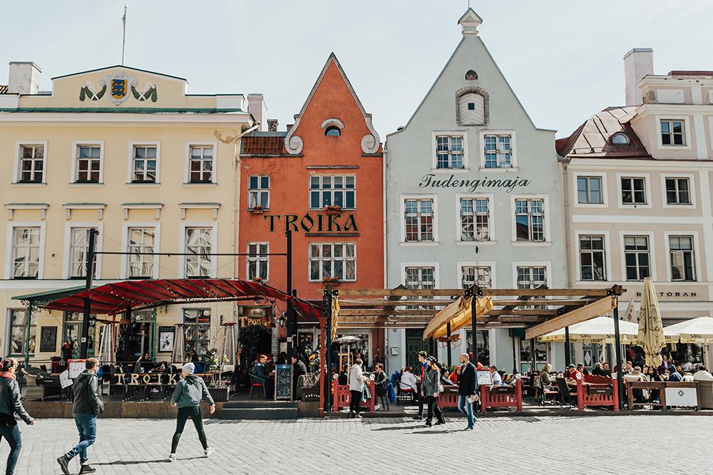 livvyland-blog-olivia-watson-fashion-travel-blogger-princess-cruises-scandinavia-northern-europe-what-to-do-wear-tallinn-estonia-22