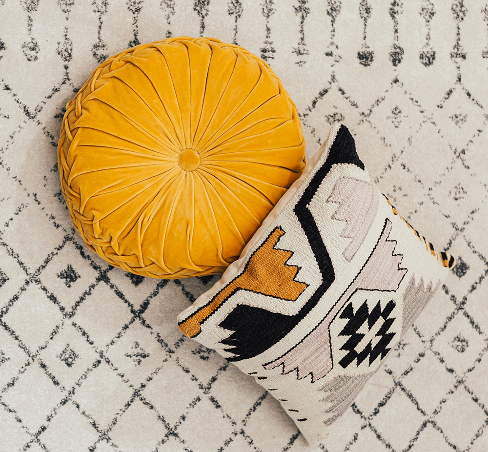 livvyland-blog-olivia-watson-interiors-home-decor-tribal-print-throw-pillows-colorful-urban-outfitters-3