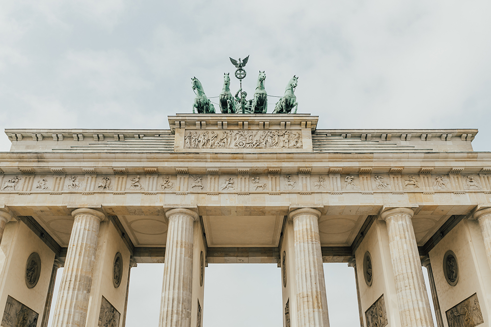 livvyland-blog-olivia-watson-scandinavia-princess-cruise-berlin-germany-what-to-do-day-trip-monument-brandenburg-gate
