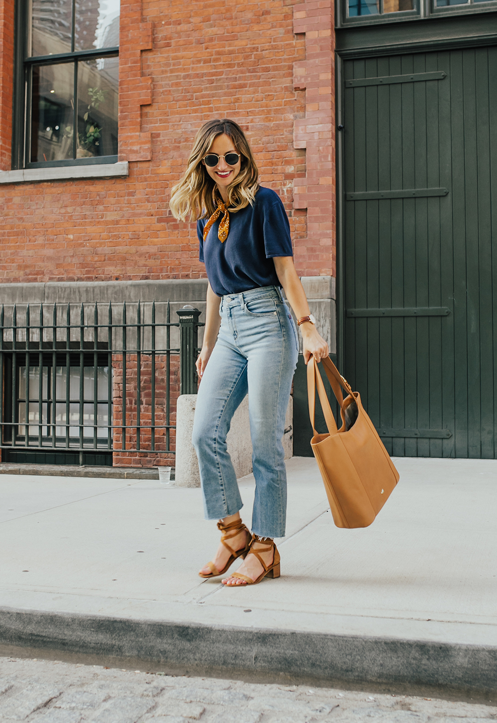 livvyland-blog-olivia-watson-nyc-tribeca-mom-jeans-brahmin-tan-charleston-tote-neckerchief-3