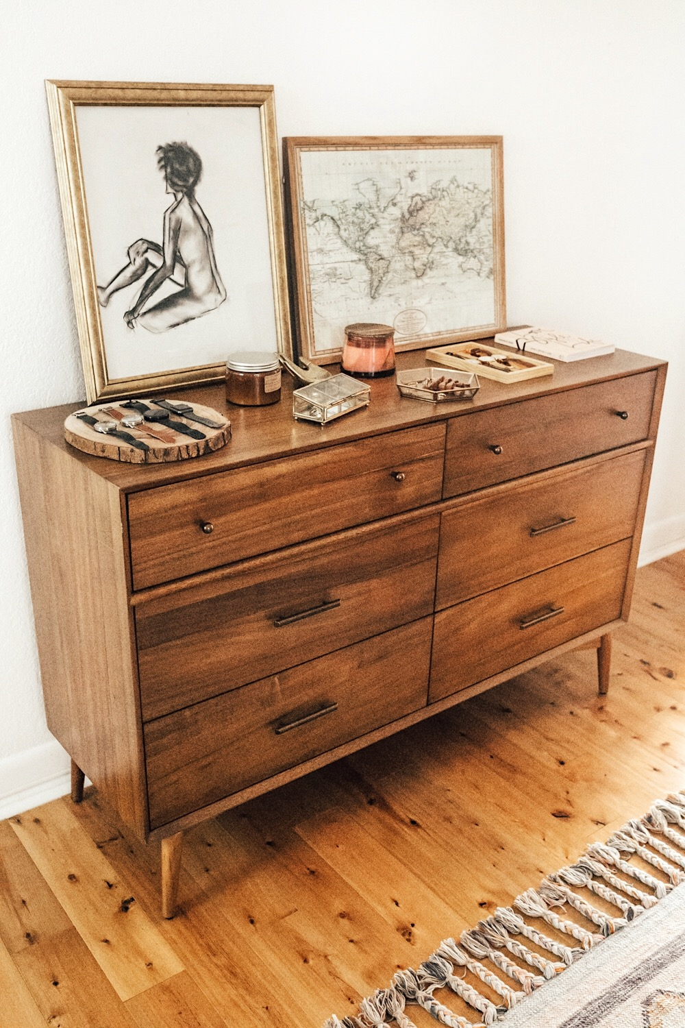 bedroom dresser top decor livvyland austin fashion and 10419 | livvyland blog olivia watson urban outfitters bohemian dresser top decorating jewelry storage home decor 6