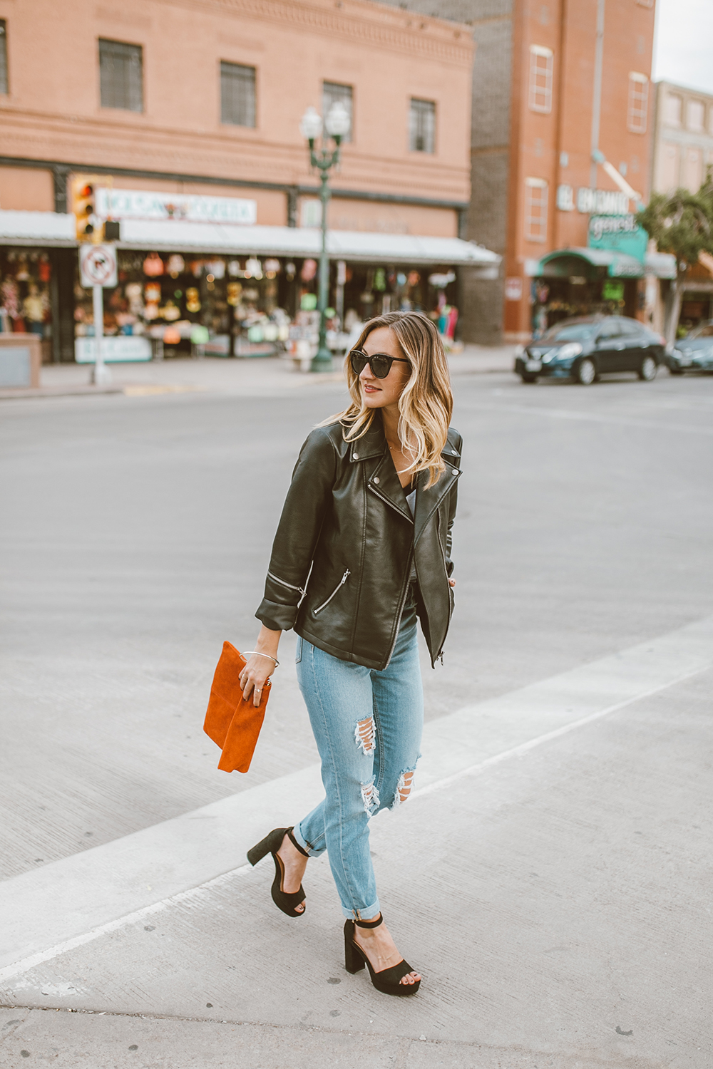 livvyland-blog-olivia-watson-asos-el-paso-hotel-indigo-what-to-wear-black-moto-jacket-3