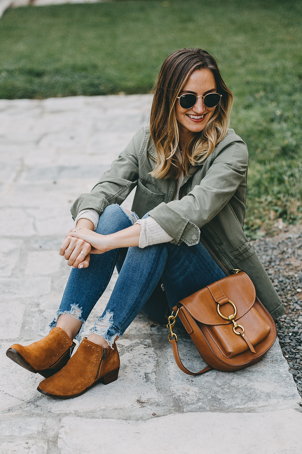 livvyland-blog-olivia-watson-austin-texas-fashion-blogger-minnatonka-moccasins-tan-suede-ankle-booties-4