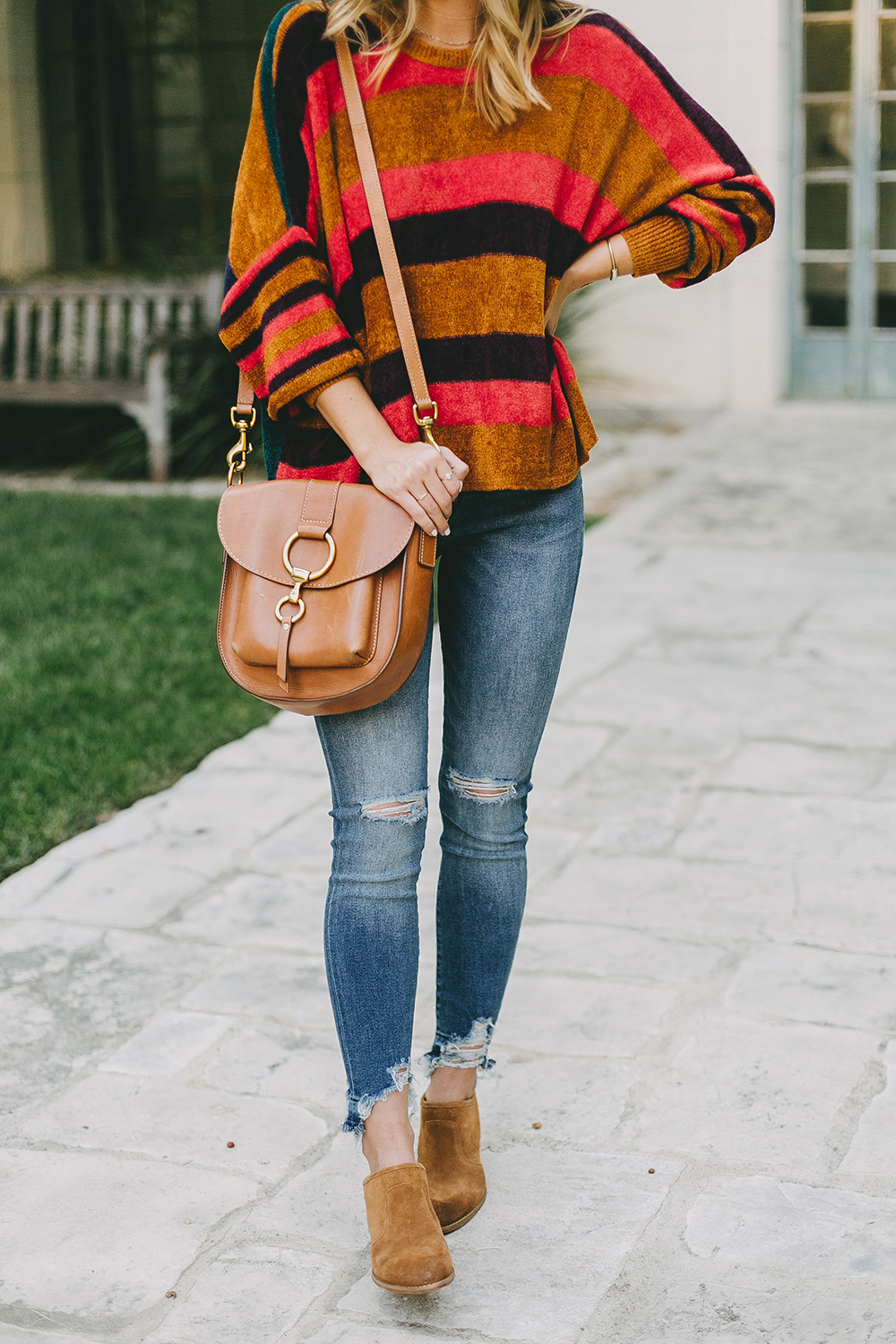 livvyland-blog-olivia-watson-austin-texas-fashion-blogger-free-people-oversize-striped-sweater-boho-chic-2
