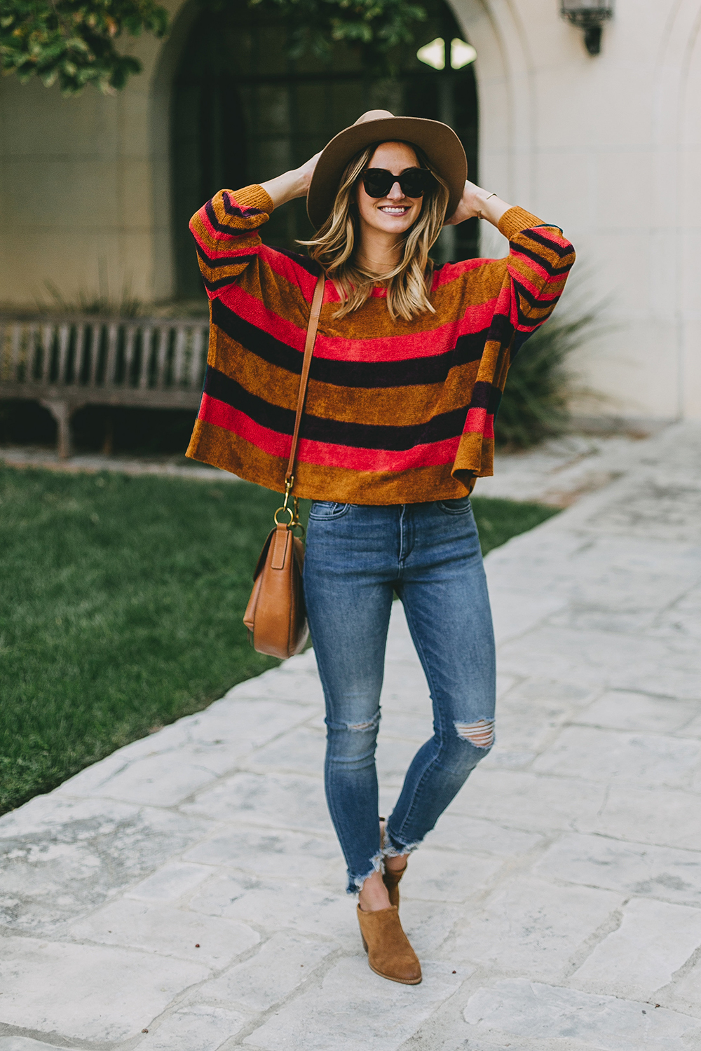 livvyland-blog-olivia-watson-austin-texas-fashion-blogger-free-people-oversize-striped-sweater-boho-chic-9