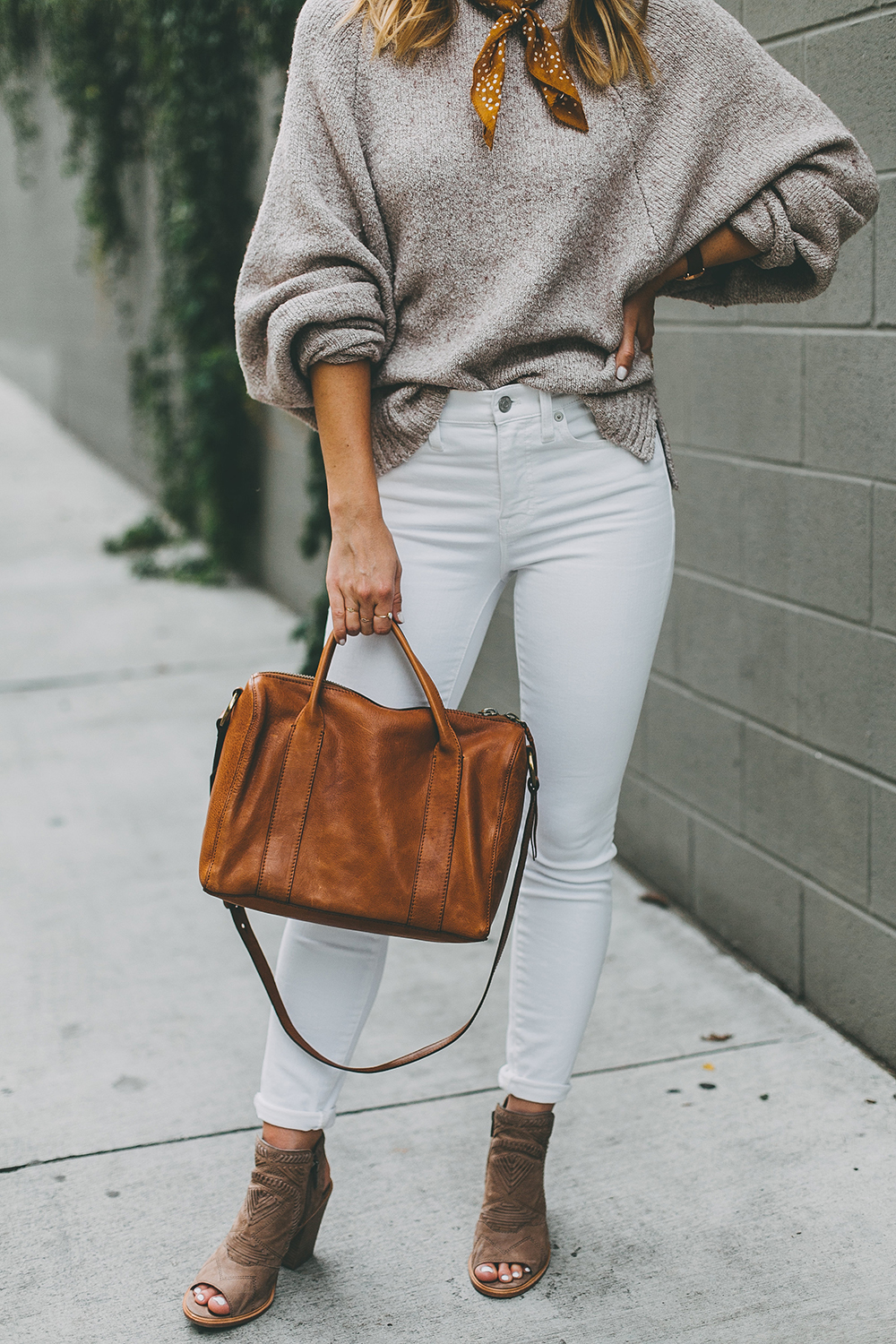 livvyland-blog-olivia-watson-austin-texas-fashion-blogger-mauve-blush-sweater-white-denim-peep-toe-booties-fall-outfit-idea-7
