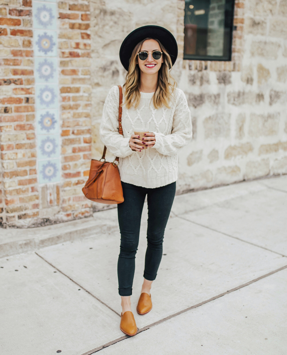 livvyland-blog-olivia-watson-fall-outfit-cable-knit-sweater-black-skinny-jeans