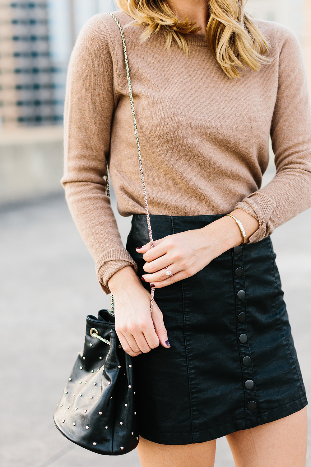 livvyland-blog-olivia-watson-free-people-vegan-leather-mini-skirt-cashmere-tan-sweater-sezane-studded-bucket-bag-1