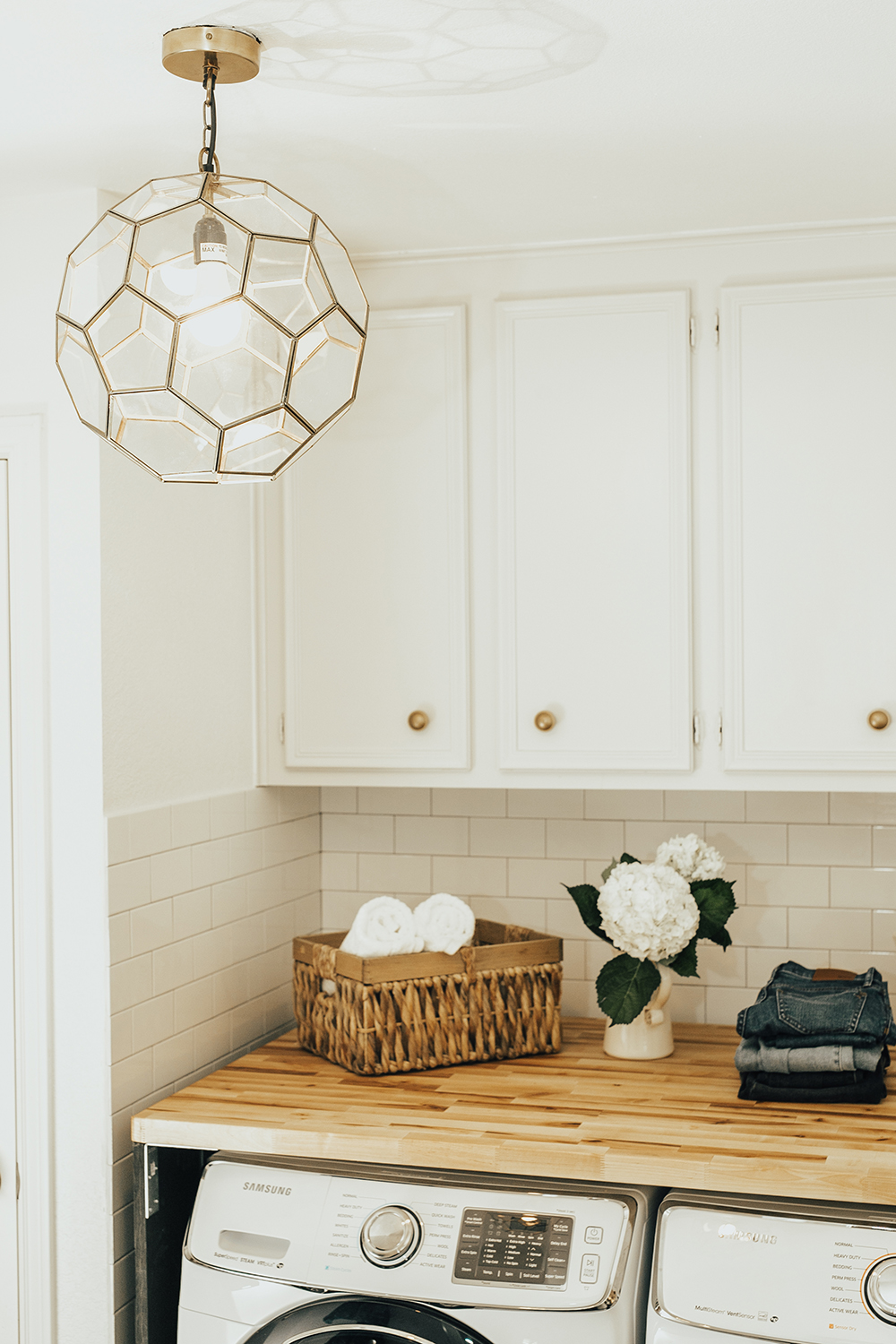 livvyland-blog-olivia-watson-home-decor-interior-design-before-after-laundry-room-makeover-renovation-update-6