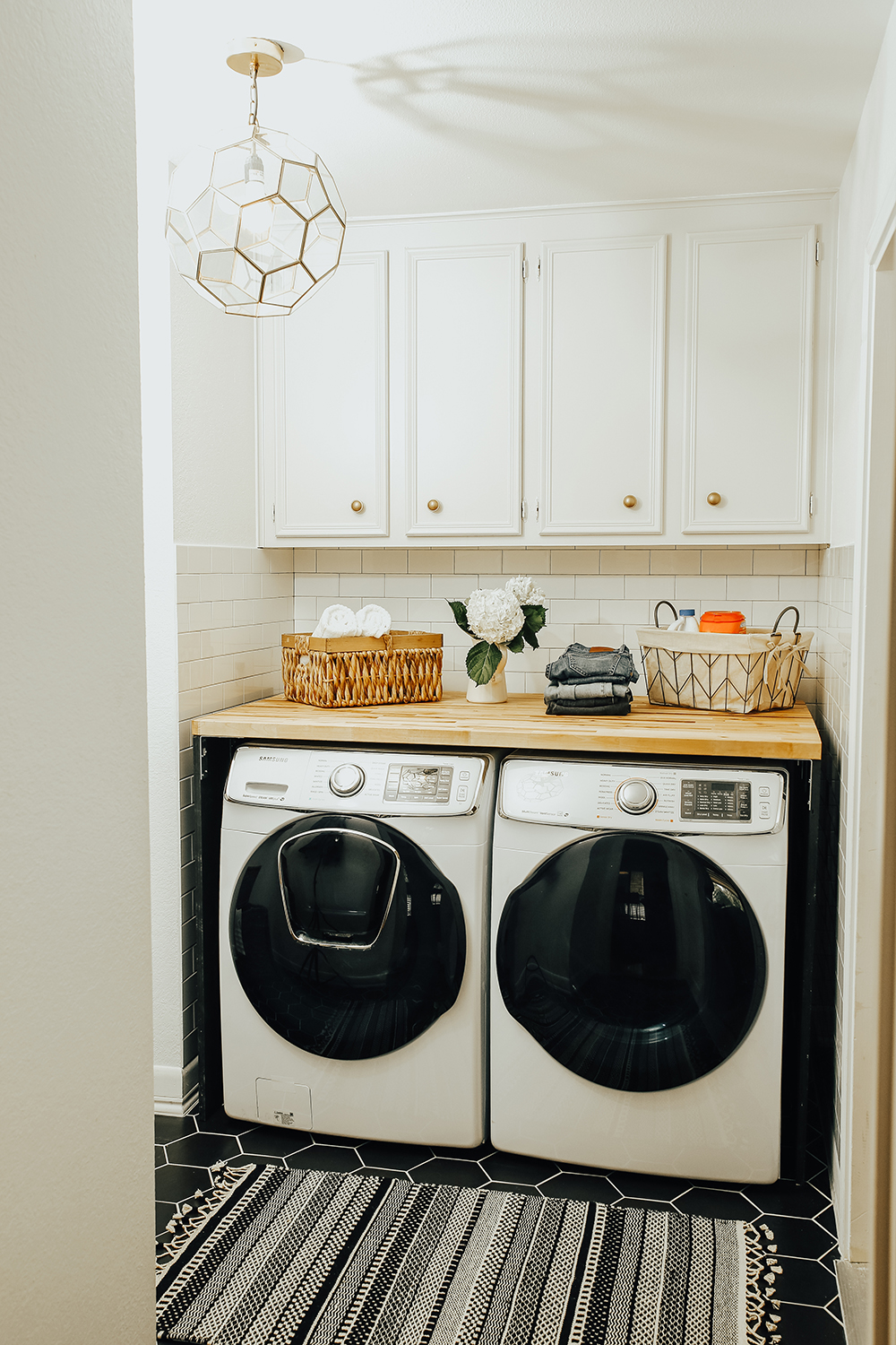 livvyland-blog-olivia-watson-home-decor-interior-design-before-after-laundry-room-makeover-renovation-update-9