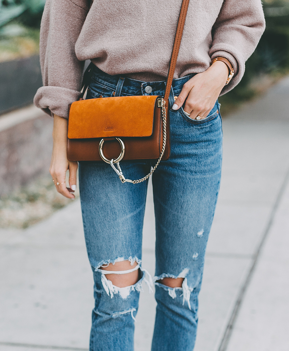 livvyland-blog-olivia-watson-mauve-mock-neck-sweater-levis-501-jeans-urban-outfitters-fortress-of-inca-tan-leather-slides-4