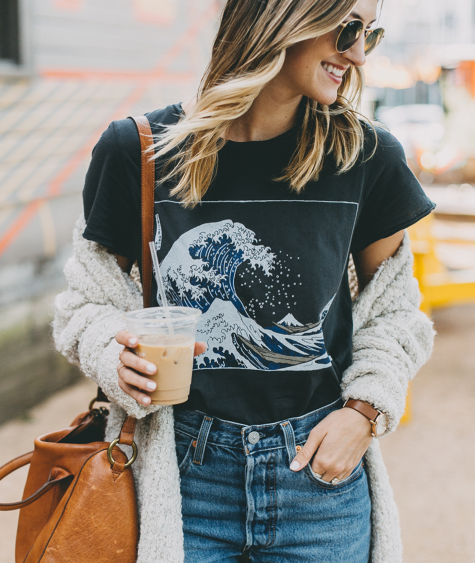 livvyland-blog-olivia-watson-toms-coffee-austin-texas-fashion-blogger-casual-fall-weekend-outfit-boucle-knit-cardigan-urban-outfitters-the-great-wave-art-2