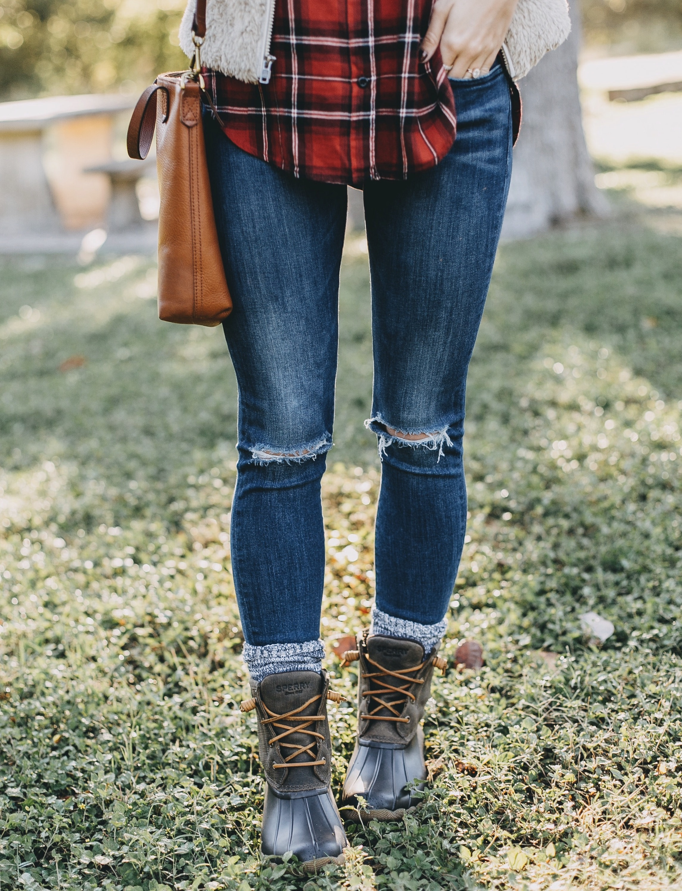 40a31b940 Saltwater Duck Boots - LivvyLand | Austin Fashion and Style Blogger