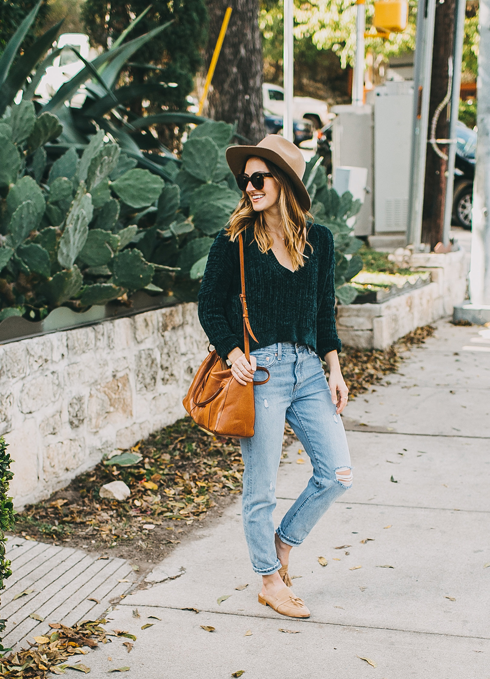livvyland-blog-olivia-watson-austin-texas-fashion-style-blogger-teal-cropped-sweater-tassel-slides-1