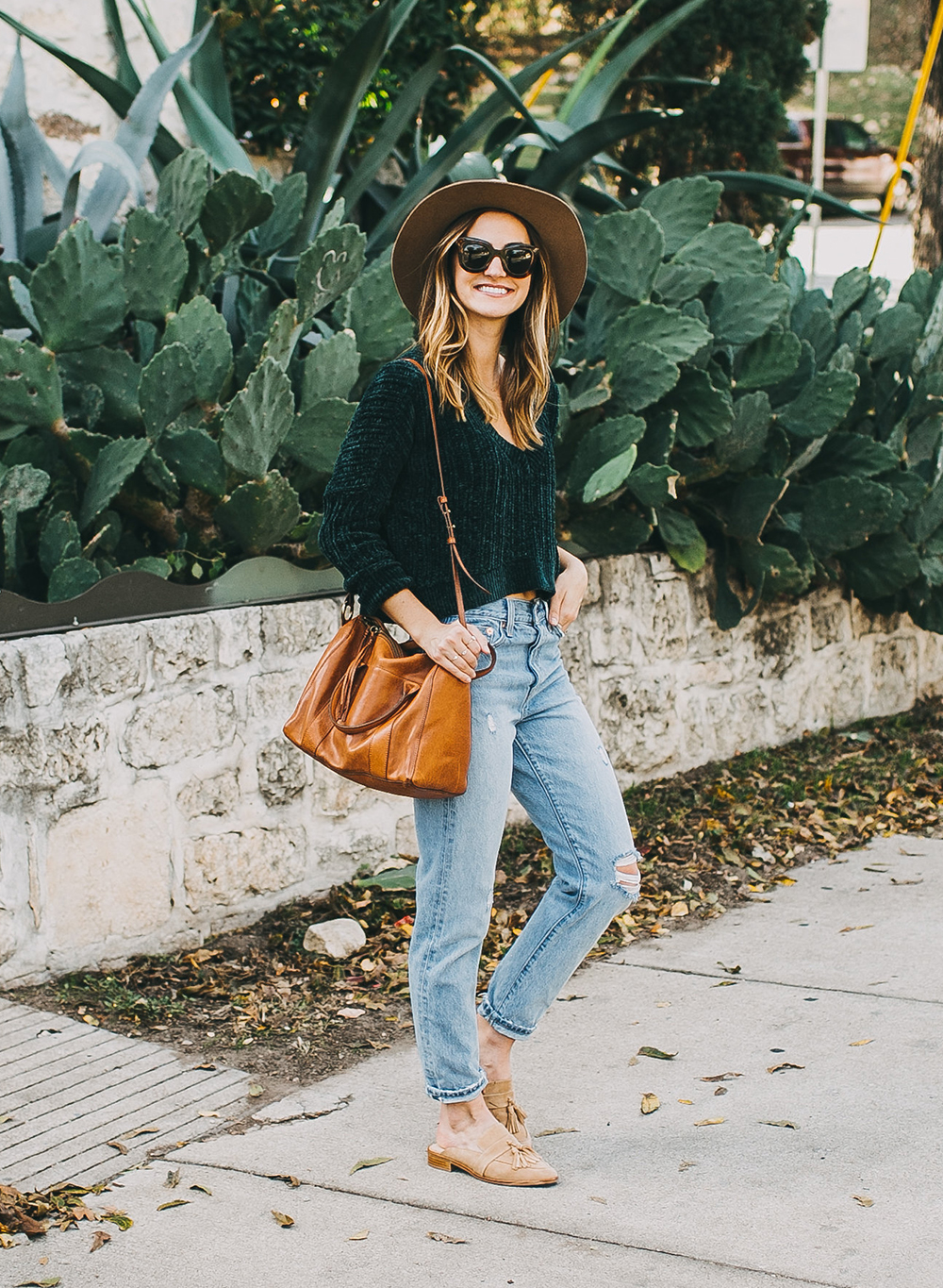 livvyland-blog-olivia-watson-austin-texas-fashion-style-blogger-teal-cropped-sweater-tassel-slides-6