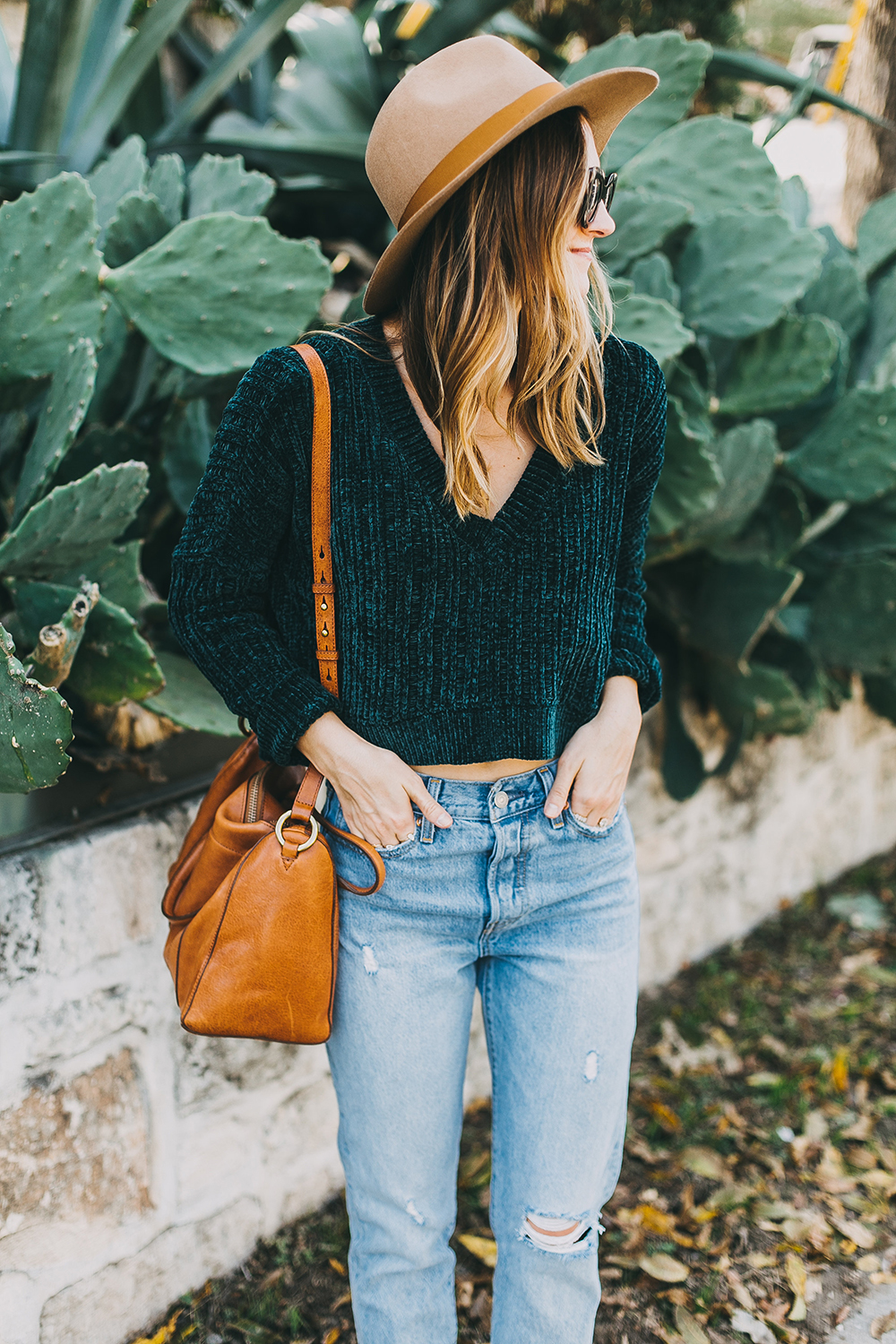 livvyland-blog-olivia-watson-austin-texas-fashion-style-blogger-teal-cropped-sweater-tassel-slides-8
