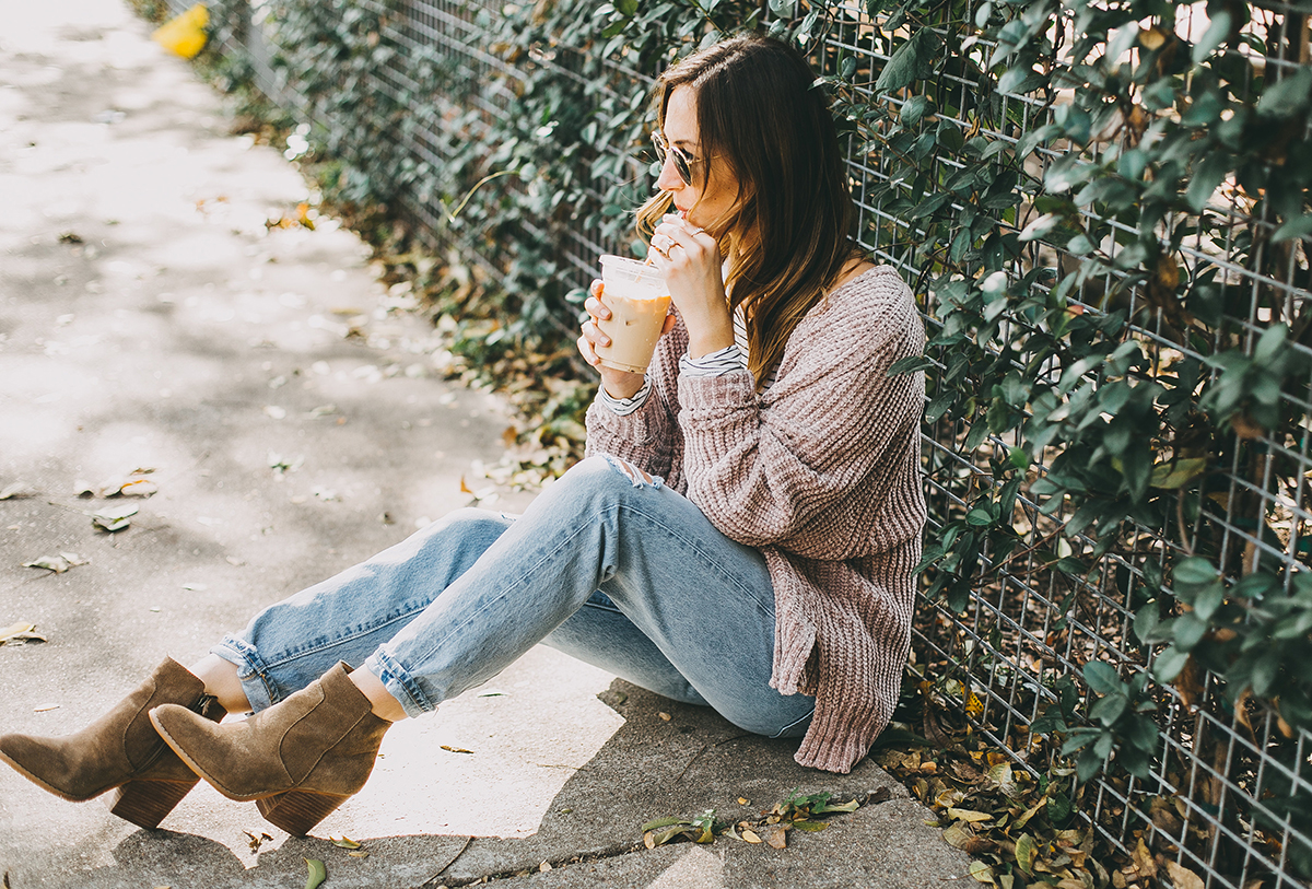 livvyland-blog-olivia-watson-barton-springs-road-chenille-blush-cardigan-stripes-fall-layers-coffee-date-outfit-idea-2