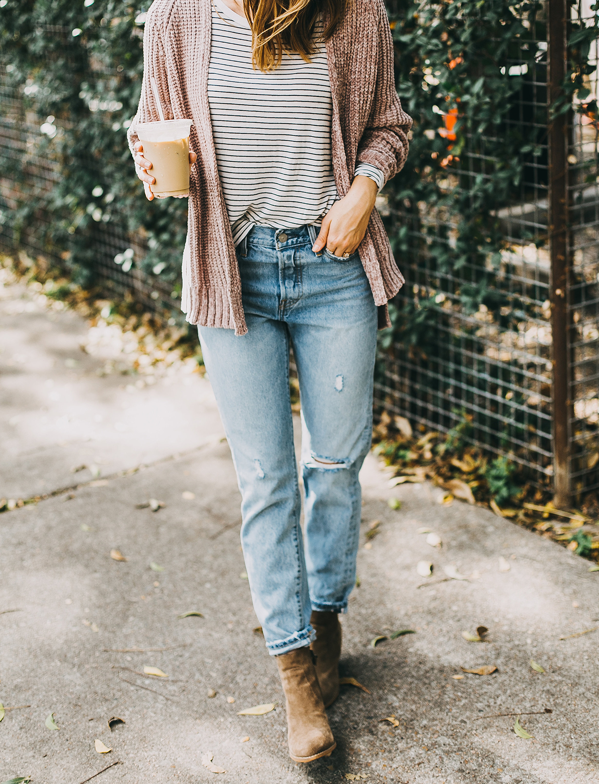 livvyland-blog-olivia-watson-barton-springs-road-chenille-blush-cardigan-stripes-fall-layers-coffee-date-outfit-idea-7