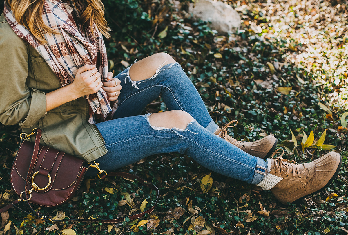 livvyland-blog-olivia-watson-ugg-koolabura-snow-shoes-warm-winter-boots-4