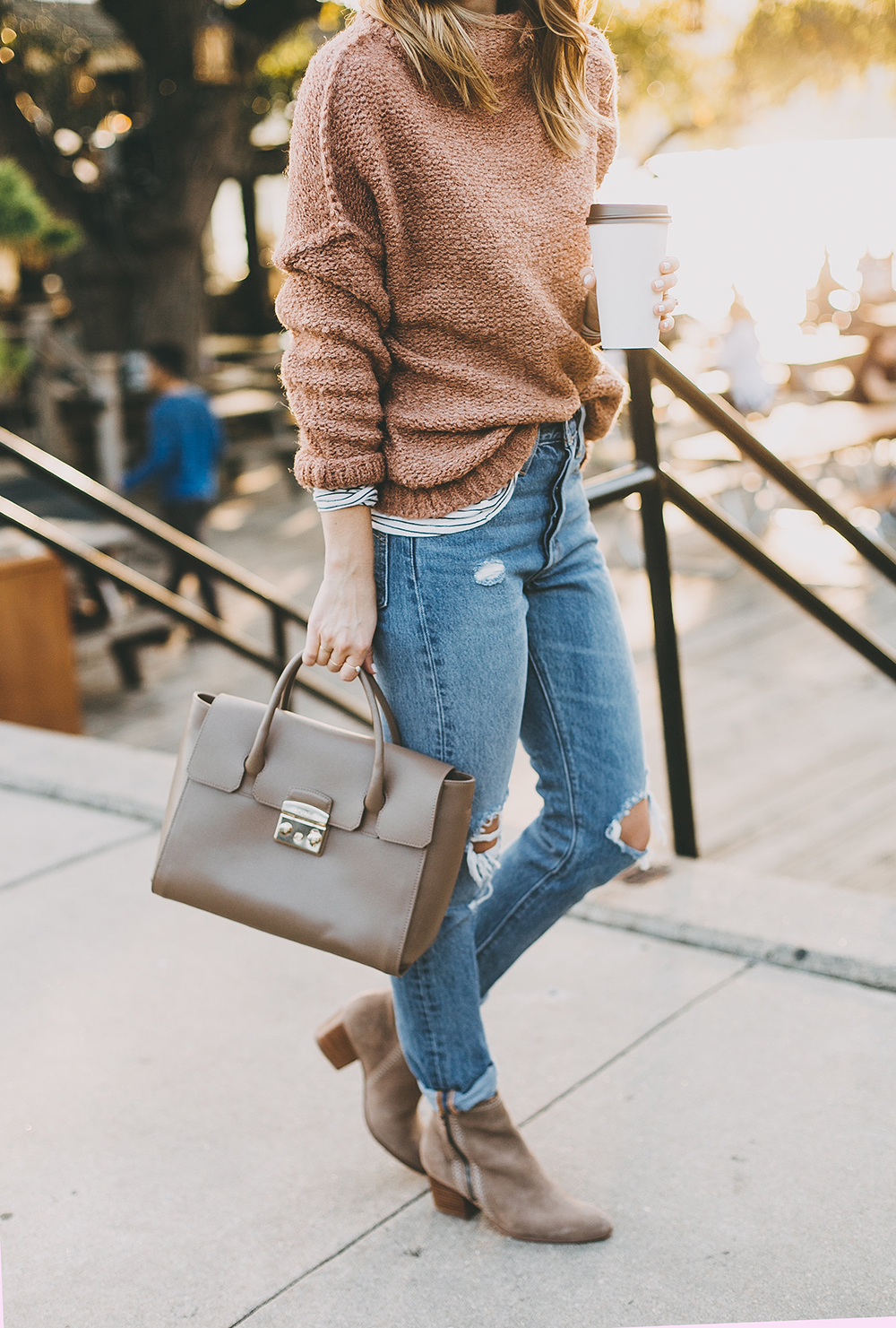 livvyland-blog-olivia-watson-mozarts-coffee-roasters-striped-tee-marsala-clay-chunky-knit-sweater-levis-501-jeans-outfit-2