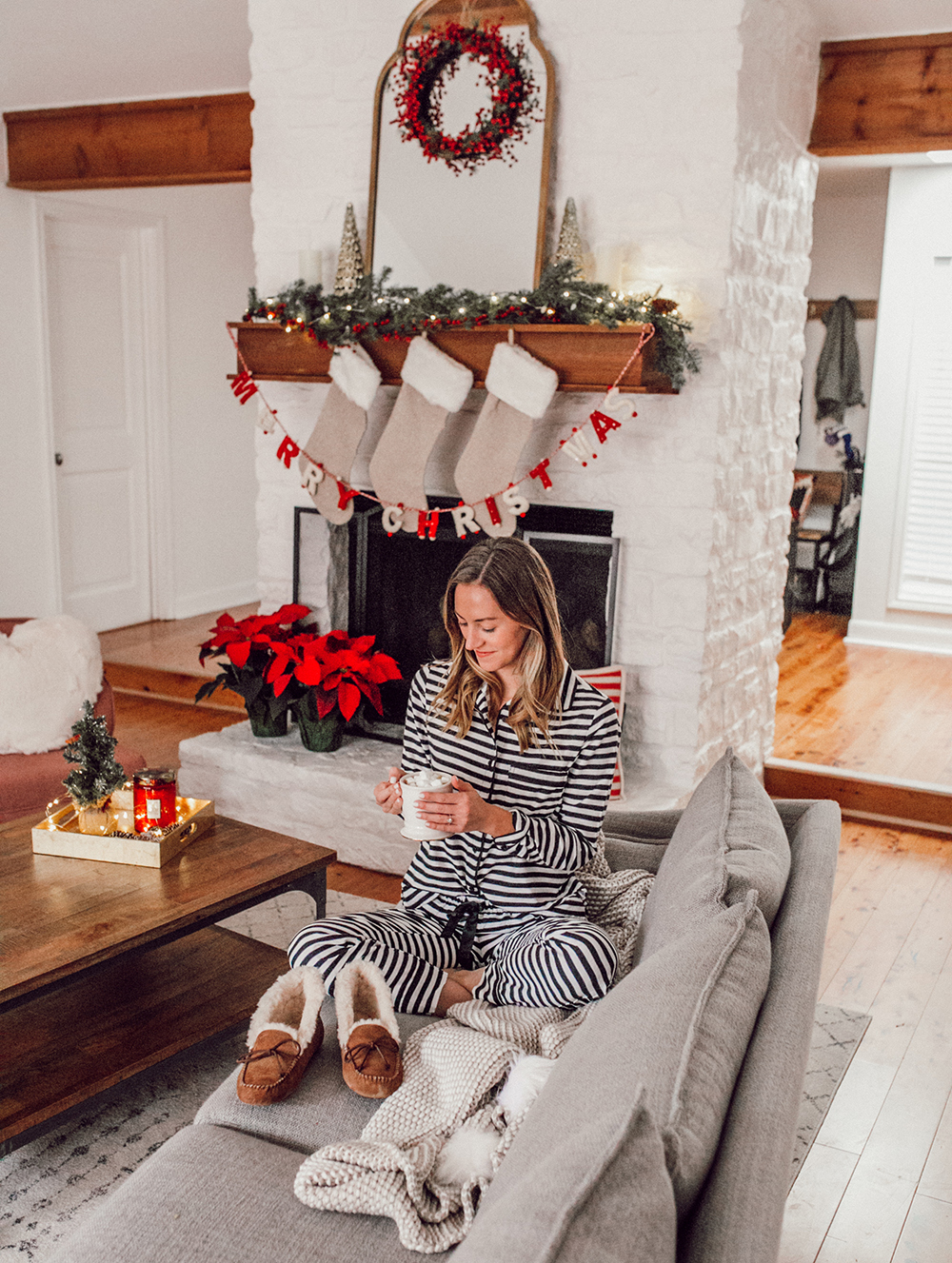 livvyland-blog-olivia-watson-ugg-slippers-cozy-morning-home-kate-spade-striped-pajamas-1