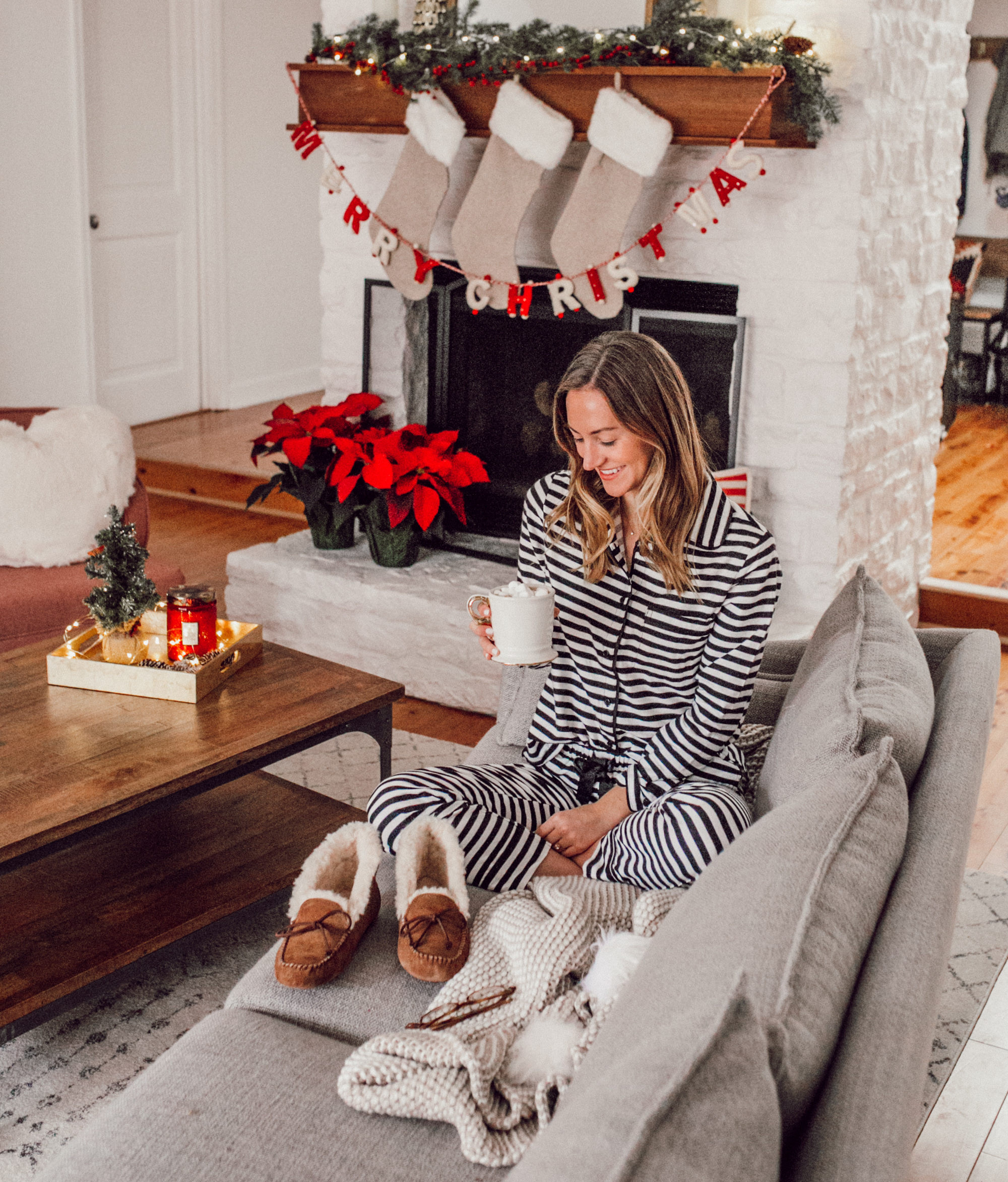 livvyland-blog-olivia-watson-ugg-slippers-cozy-morning-home-kate-spade-striped-pajamas-10