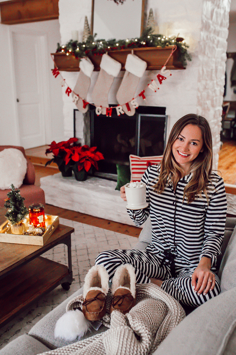 livvyland-blog-olivia-watson-ugg-slippers-cozy-morning-home-kate-spade-striped-pajamas-9
