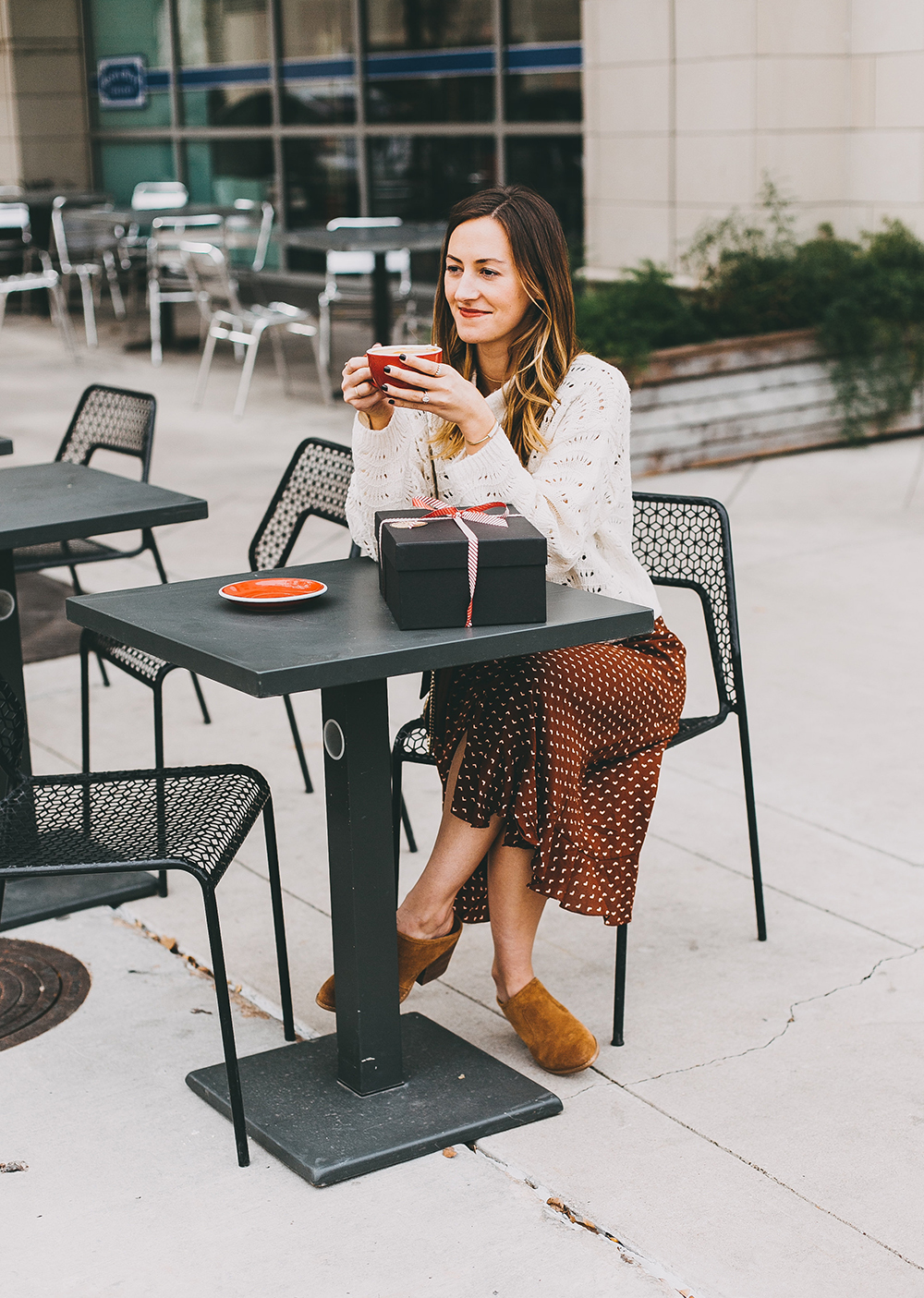 livvyland-crate-joy-coffee-classic-novel-dress-layered-sweater-austin-texas-fashion-blogger-11