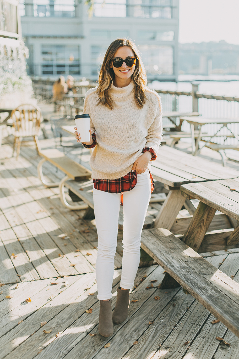 livvyland-blog-olivia-watson-austin-texas-fashion-style-blogger-knit-sweater-plaid-button-down-layer-white-jeans-mozarts-coffeehouse-3