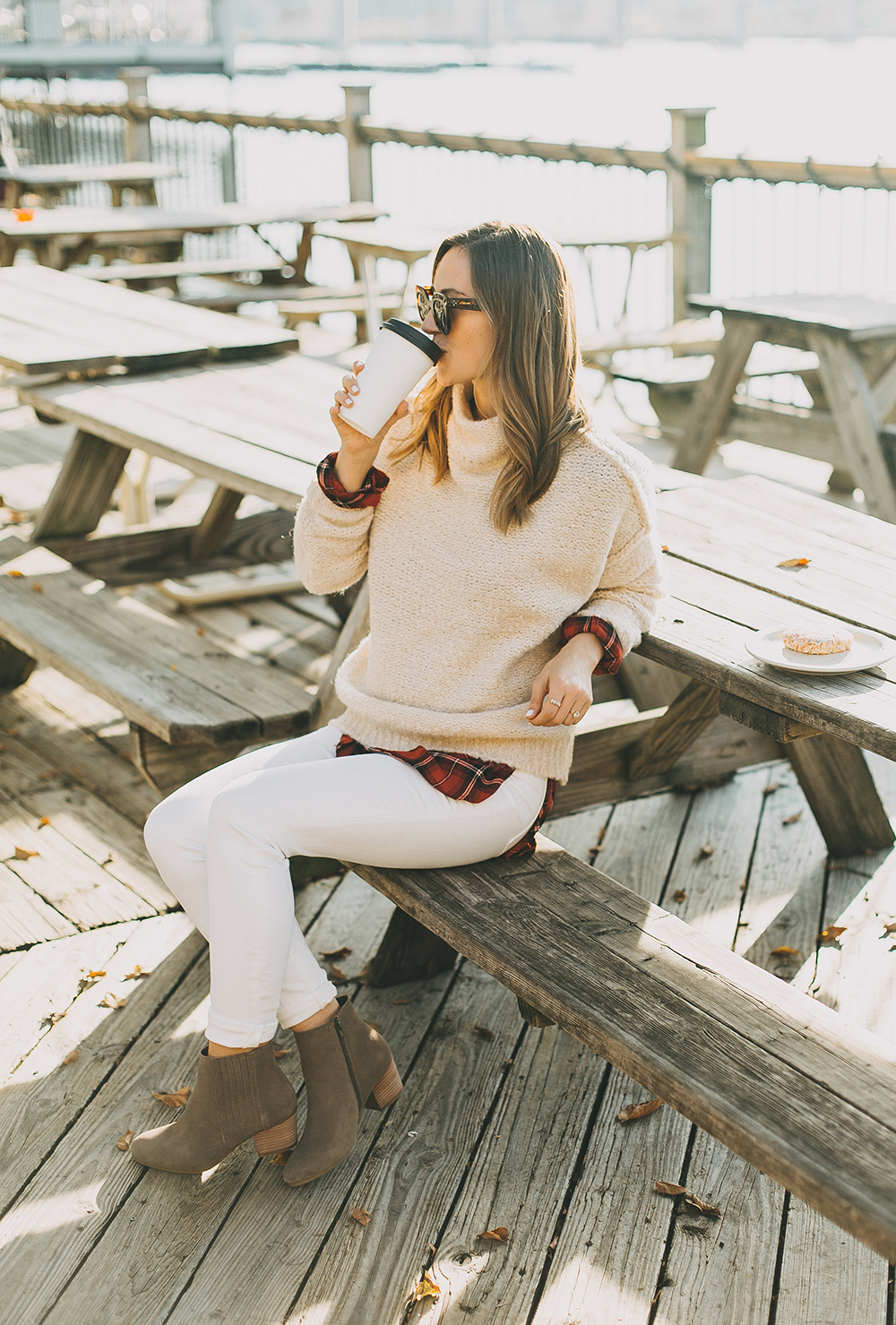 livvyland-blog-olivia-watson-austin-texas-fashion-style-blogger-knit-sweater-plaid-button-down-layer-white-jeans-mozarts-coffeehouse-5
