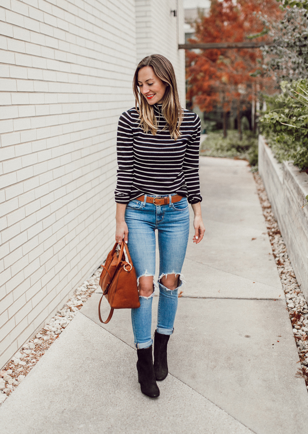 livvyland-blog-olivia-watson-striped-turtleneck-sweater-levis-921-jeans-mid-calf-ankle-booties-black